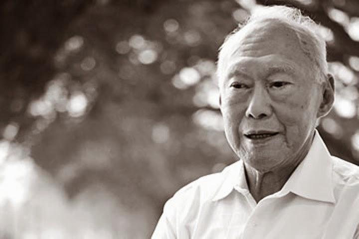 Ông Lý Quang Diệu sinh năm 1923, mất năm 2015, là Thủ tướng đầu tiên của Singapore.